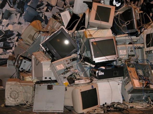 Décharge de matériel électronique