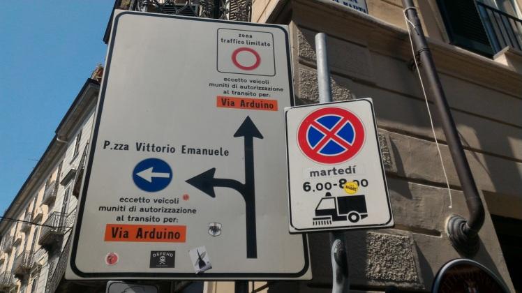 Panneau indiquant 2 rues Arduino