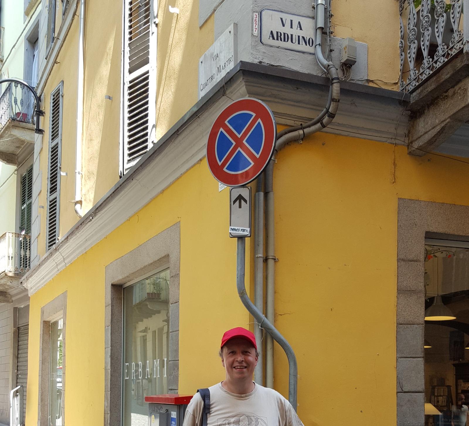 Jean Christophe QUETIN dans la rue Arduino à Ivrée
