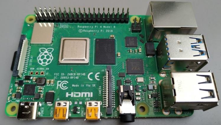 Raspberry Pi 4 (4Go)