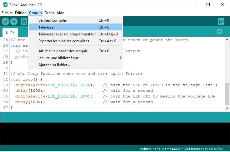 Téléversement du sketch Blink avec l'IDE Arduino.