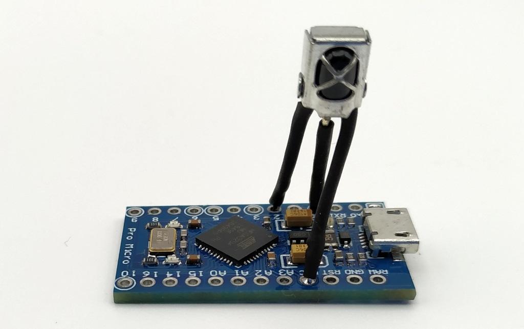 Soudure du capteur infrarouge VS1838B directement sur l'Arduino Pro Micro
