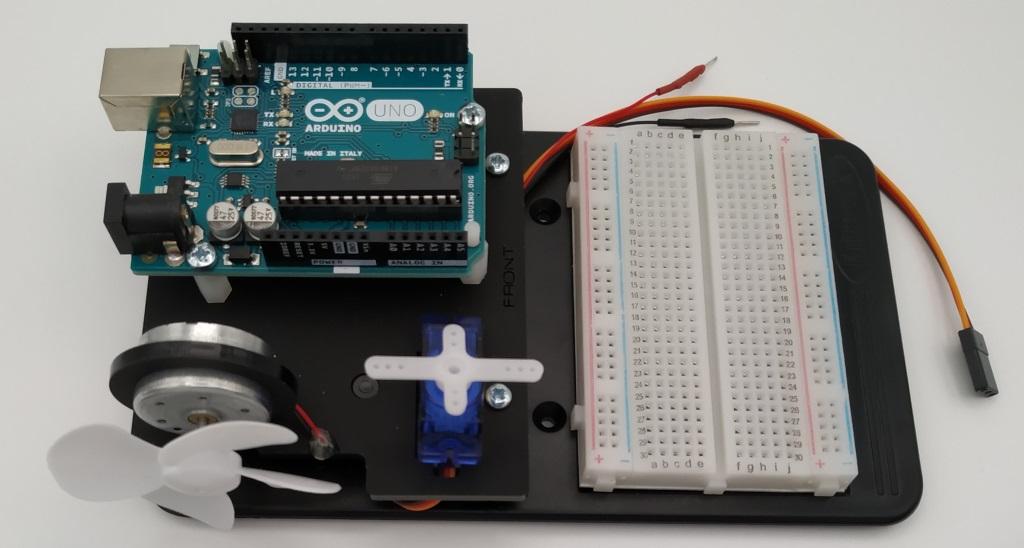 Le montage de l'inventor's Kit (de Kitronik) est fini