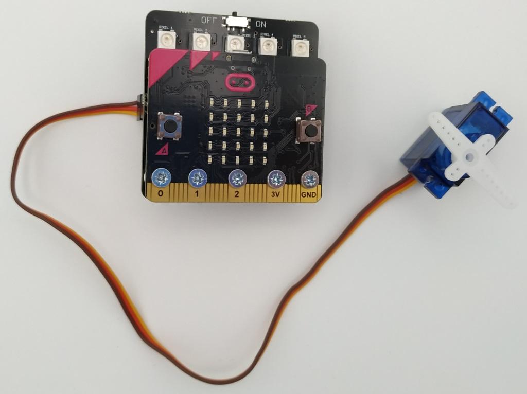 Contrôle d'un servomoteur SG90 avec la carte ServoLite et le Microbit