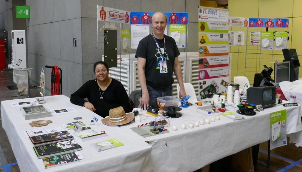 Le stand Arduiblog avec Jean Christophe QUETIN et son épouse