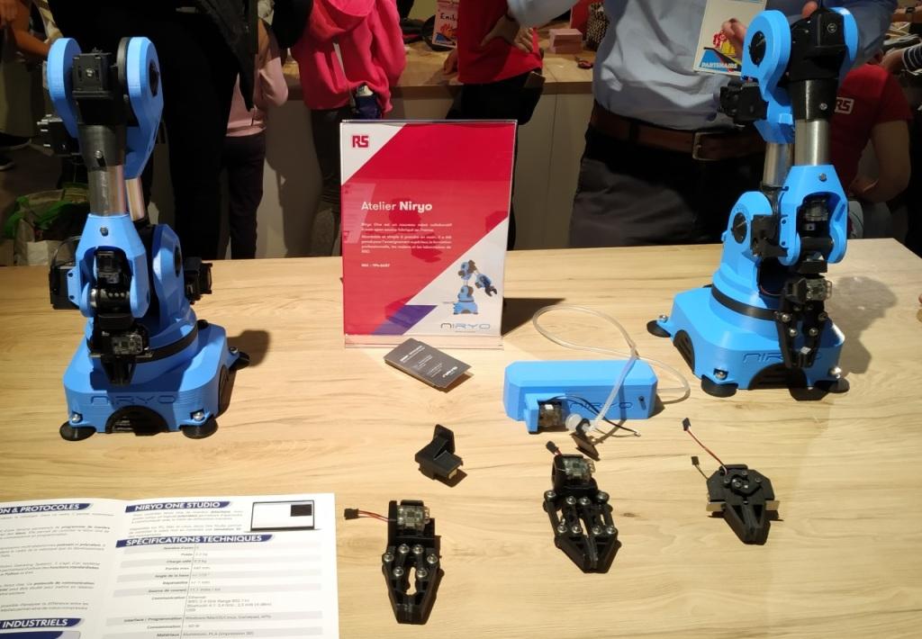 Robots Niryo sur le stand de RS Components