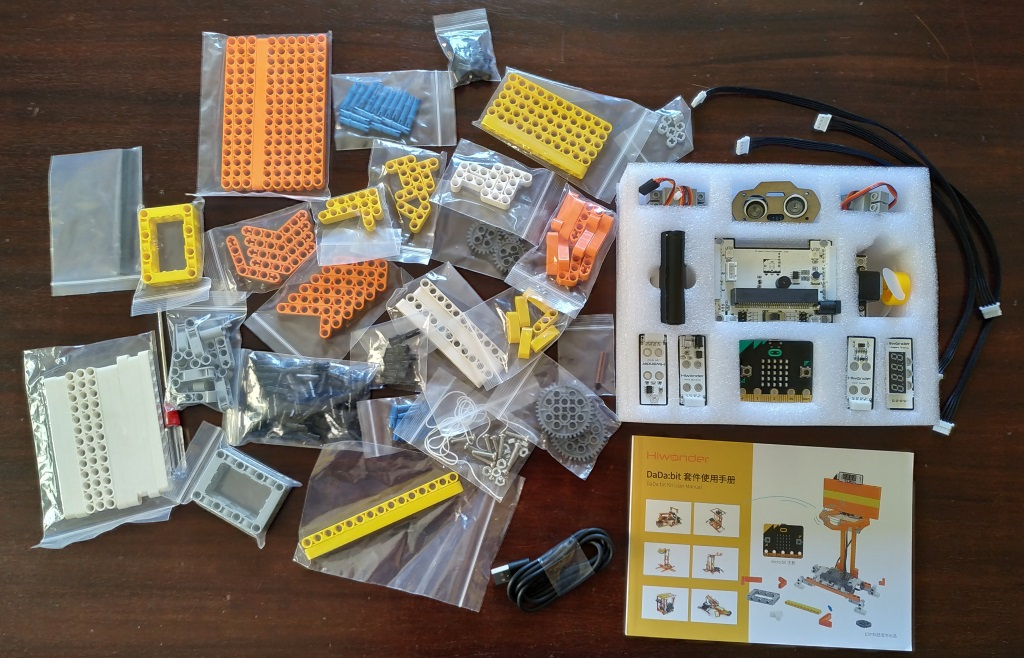 Les éléments du kit DaDa:bit