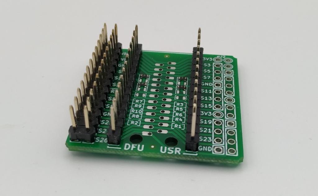Les connecteurs de la  HatFace (après soudure)