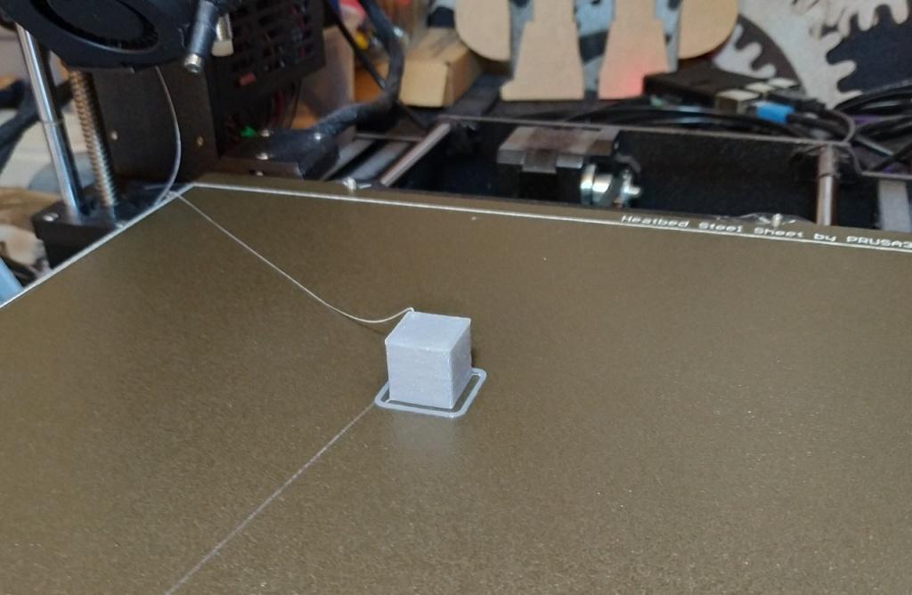 Impression du cube de test l'imprimante Prusa i3 MK3