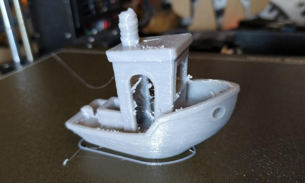 3DBenchy en filament flexible avec les paramètres par défaut