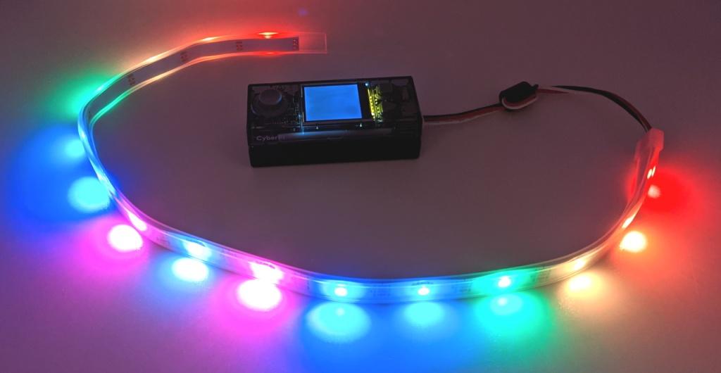 Ruban de LED connecté au CyberPi