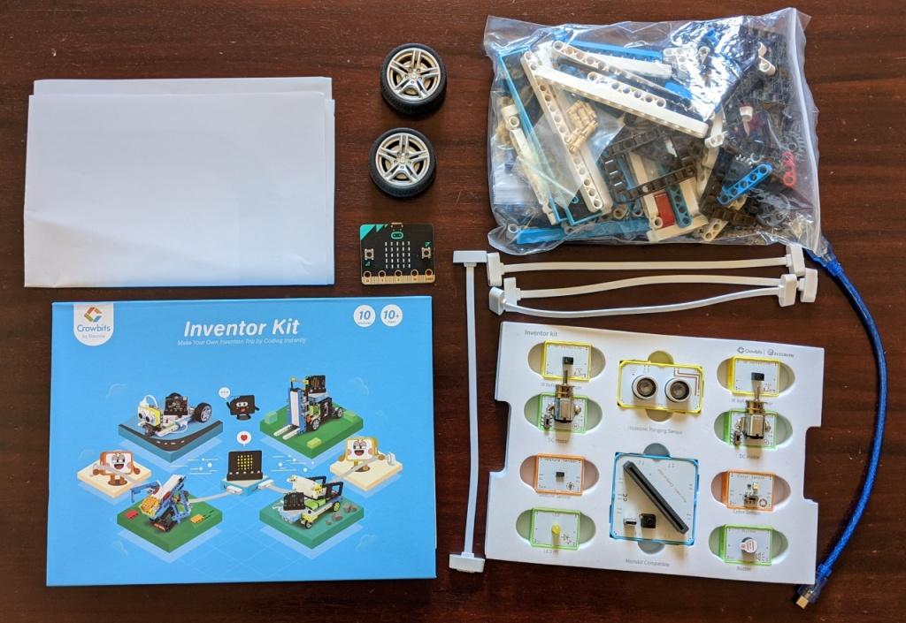 Contenu de la boite de l'inventor kit de Crowbit