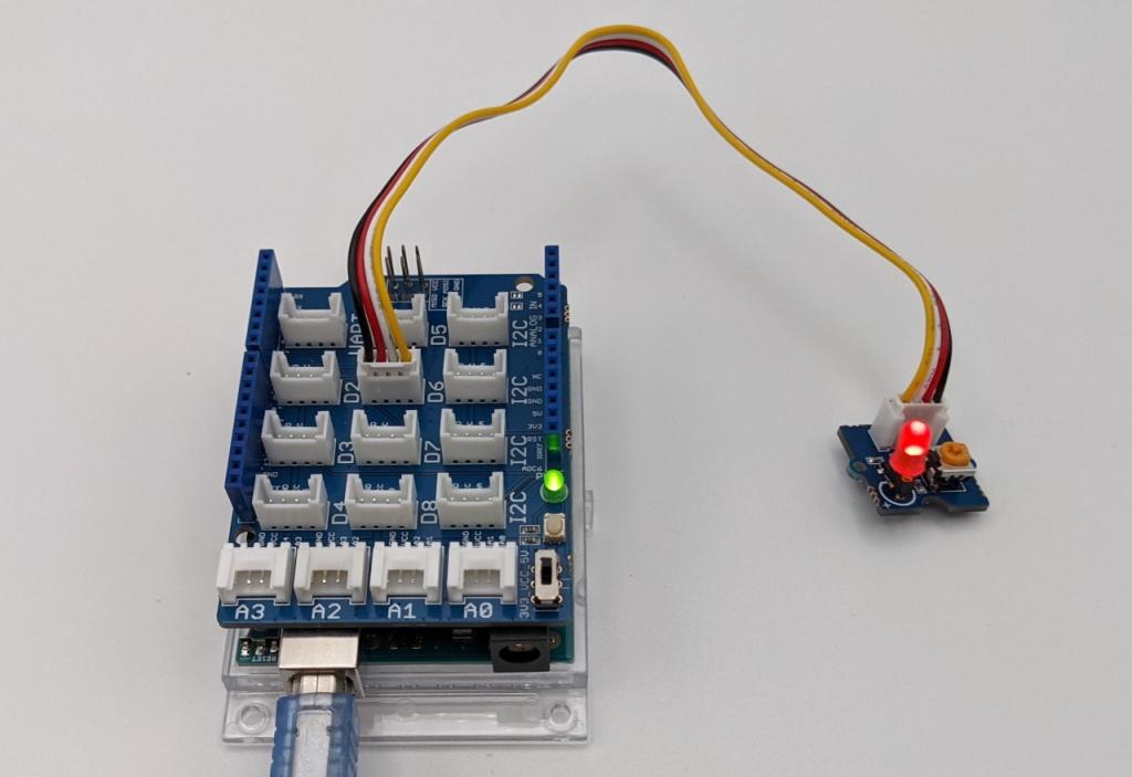 Clignotement de LED avec le module LED de l'Arduino Sensor Kit